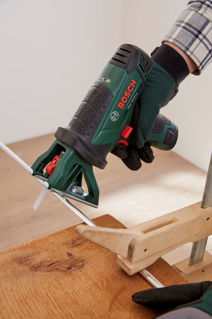 Bosch HG_Hanging balcony table_Step 5